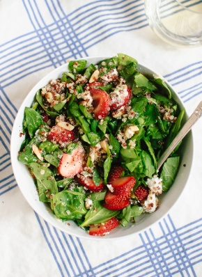 strawberry-and-spinach-salad-with-quinoa-and-goat-cheese-1