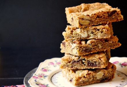 Ginger Walnut Chocolate Blondies